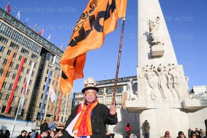 Damsquare attracts orange dressed up Dutch