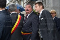 Mayor of Brussels waits