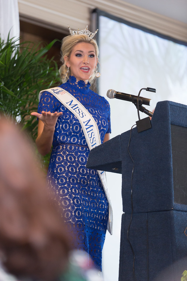 Miss Mississippi speaking at Womens Day Luncheon