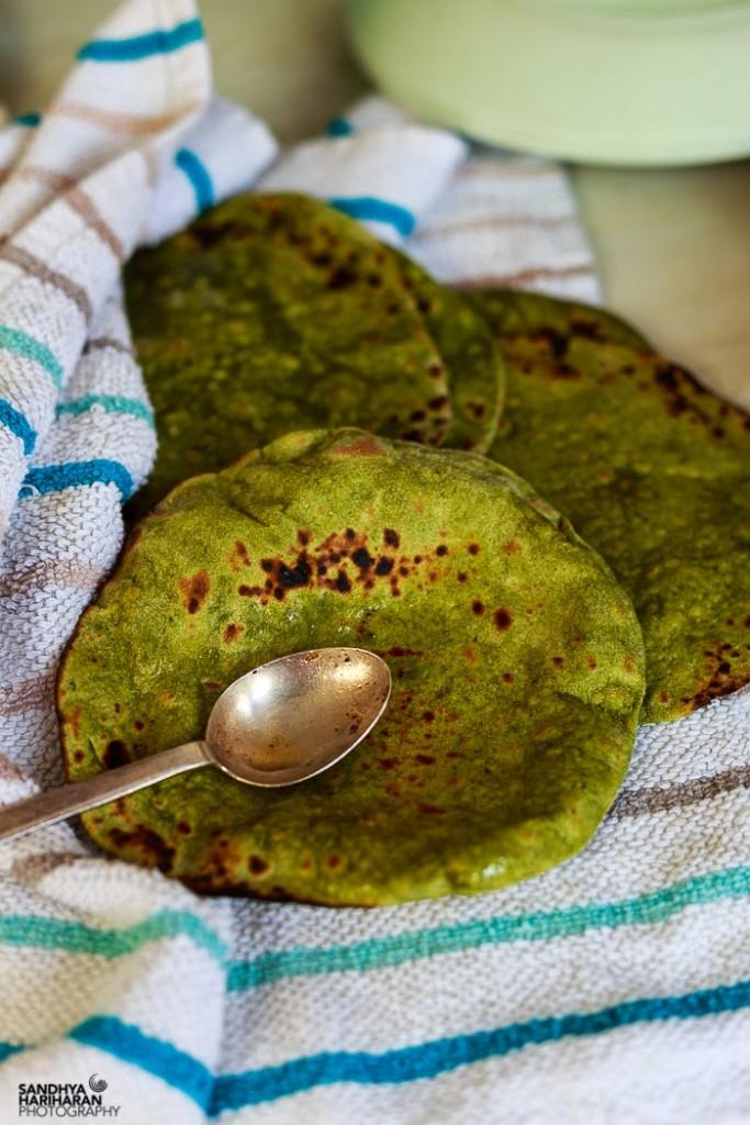 Palak Phulka   Spinach Roti
