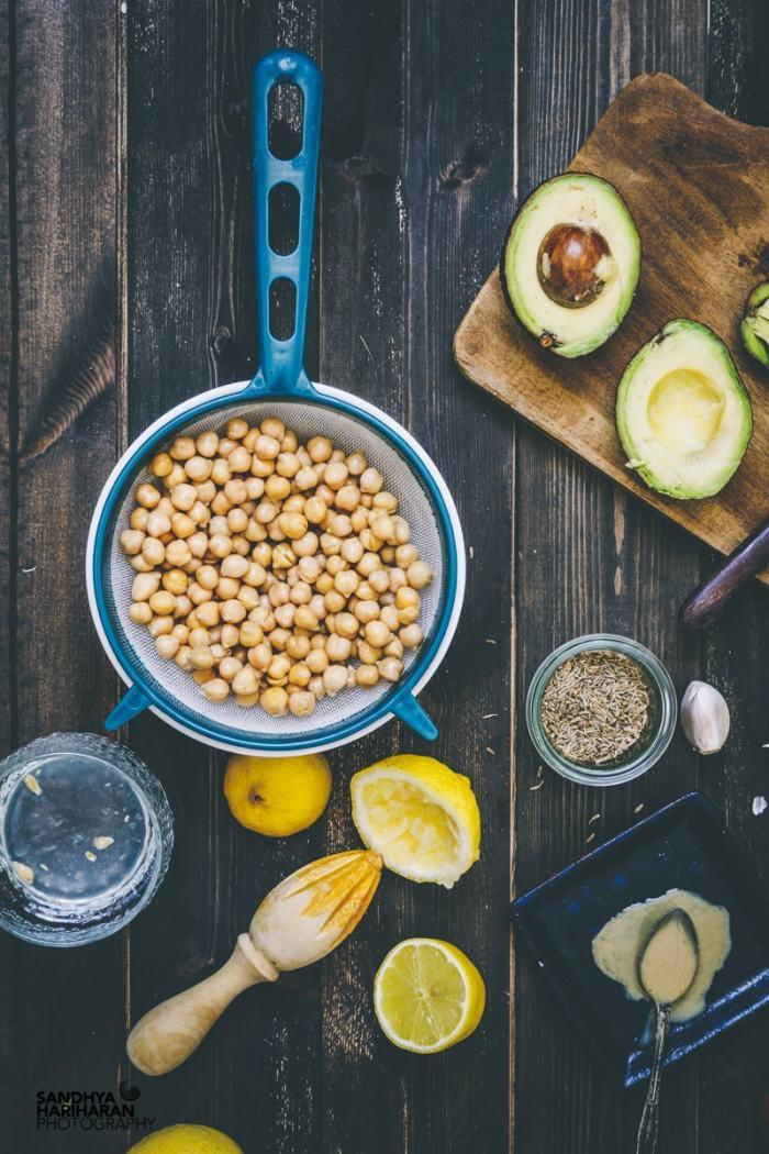 Ingredients for easy Avocado Hummus recipe image