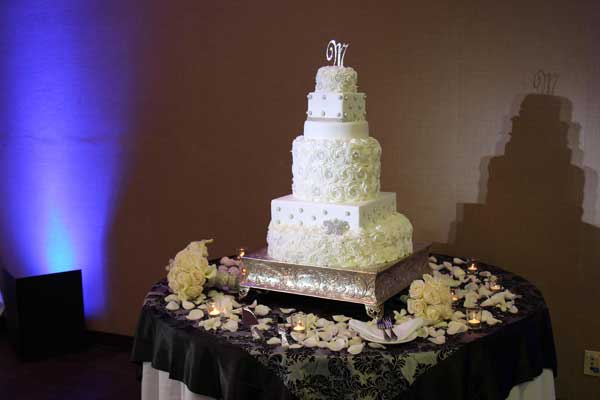 Cake Pinspot Lights Sheraton Four Points San Diego