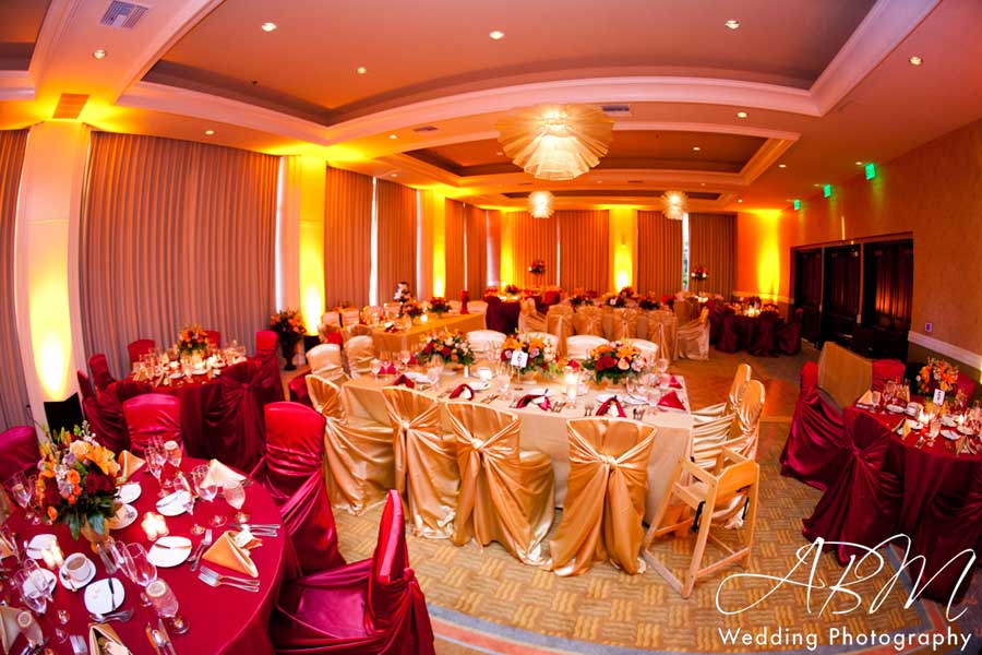 Paradise Point San Diego Wedding Lighting LED Uplights and Wireless Uplights