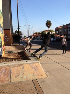 Youth from Chula Vista come to Chicano Park to skate.