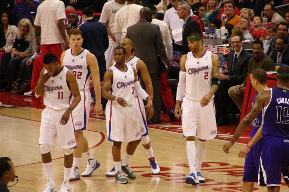 LA_Clippers_players_on_the_floor_vs_Kings