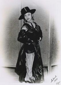 Nachita Hernandez, 1944