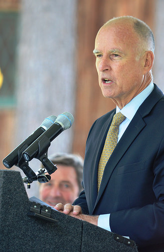 California Governor Jerry Brown photo