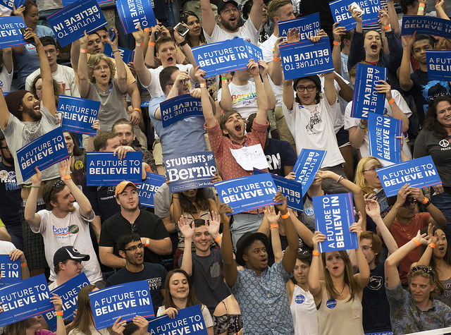 Bernie Sanders supporters at rally at Penn State, April 19 2016