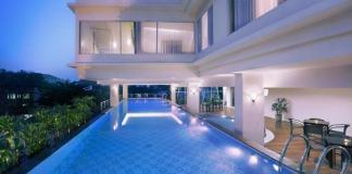 kolam renang Quest Hotel Surabaya sandi iswahyudi