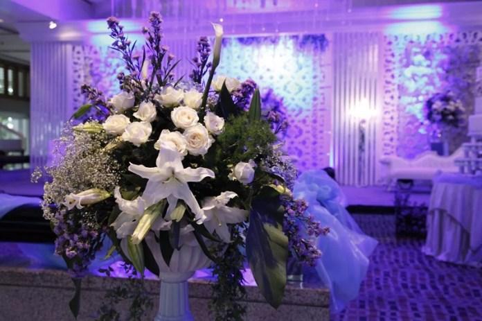 konsep pernikahan bunga dan buku sandi iswahyudi blogger indonesia