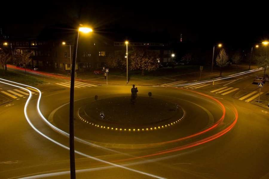 roundabout at night. Interesting facts about Malaysia