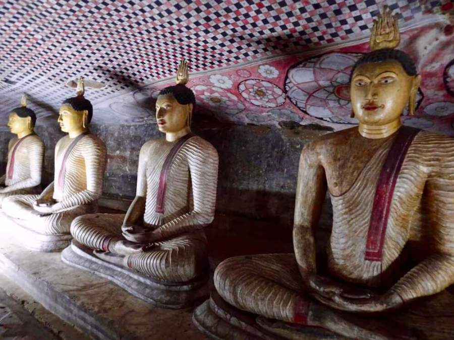 Buddhas in cave 6 days in Sri Lanka
