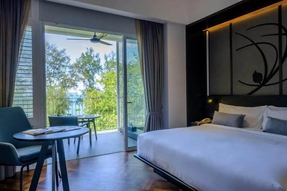 bedroom in Lone Pine Hotel