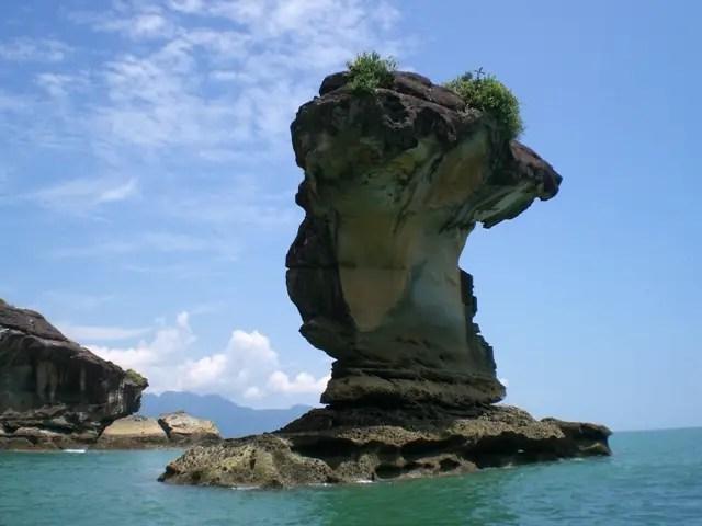 unusual rock formation called sea stacks