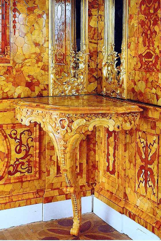 living room ornaments nice tables catherine palace and the mystery of amber | sand ...