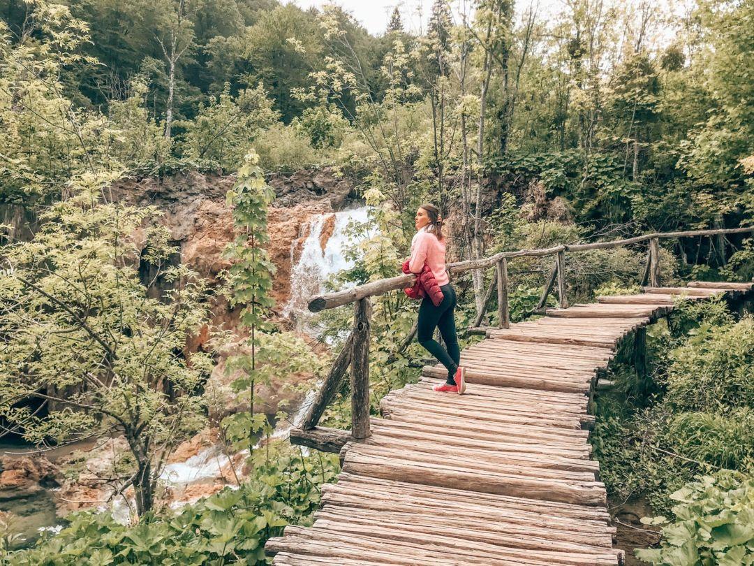 The Plitvices Lakes Sandinourhands travel blog