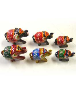 LOT DE 3 ELEPHANTS LAQUES PEINTS