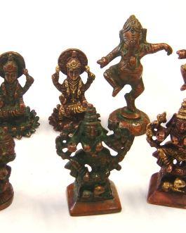.REF.5 – STATUES Ganesh, Laxmi, Vishnou – (Reste uniquement LAXMI sur lotus)