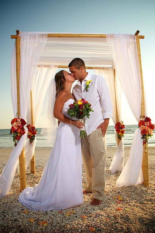 CORAL GARDEN  BEACH WEDDING DECOR
