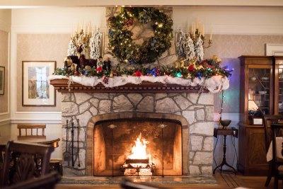 festive-fireplace_DSC8878