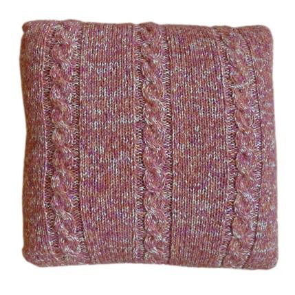 Handgebreid kussen, roze gemengd