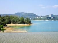 sun moon lake mit den trockenen Ufern
