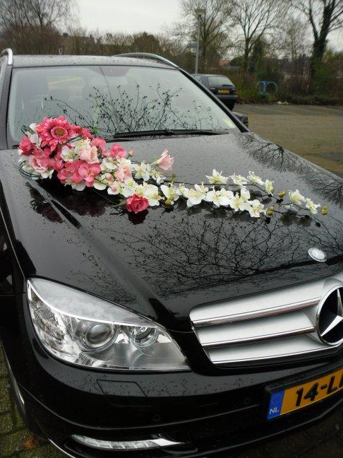 Haz una entrada triunfal decorando tu carro de boda as for Techados para coches