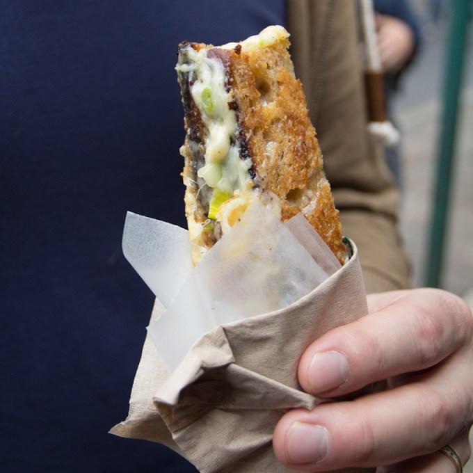 sandwich au fromage poireaux et échalote-7082