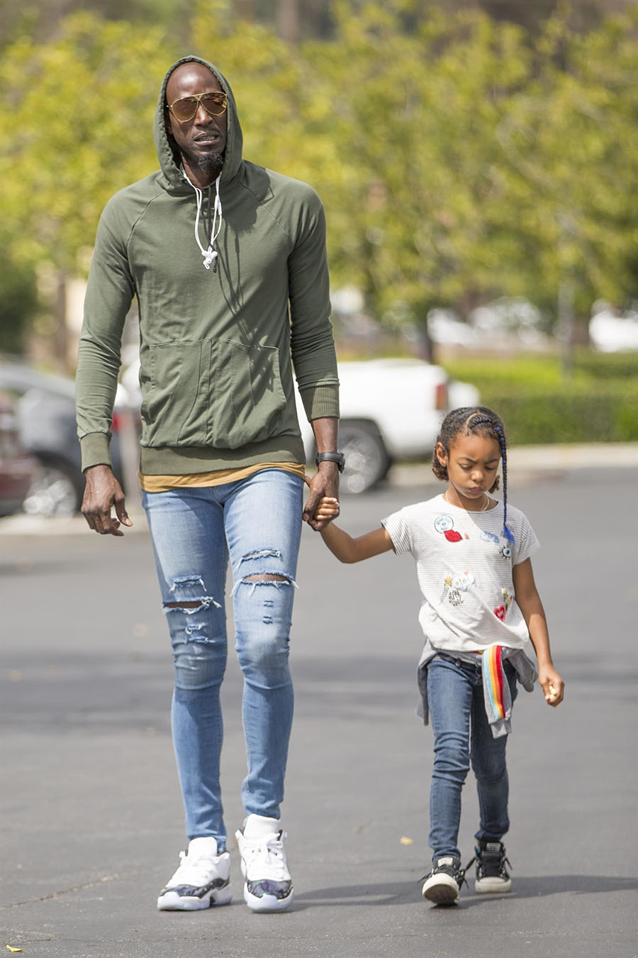 NBA superstar Kevin Garnett was seen taking his adorable daughter Capri out for an ice cream