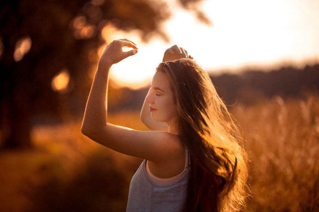girl, sunset, outdoor-5426188.jpg