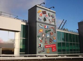 ads-on-buildings-fridge-600x445