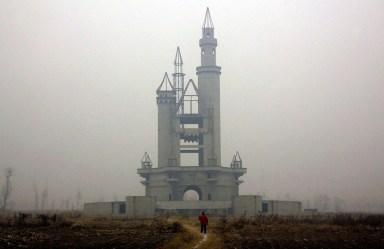 Chinas-Abandoned-Wonderland-1
