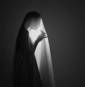 surreal-self-portraits-noell-oszaid-2