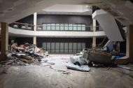 abandoned_shoppingcenter_11