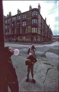Raymond+Depardon+Glasgow,+1980