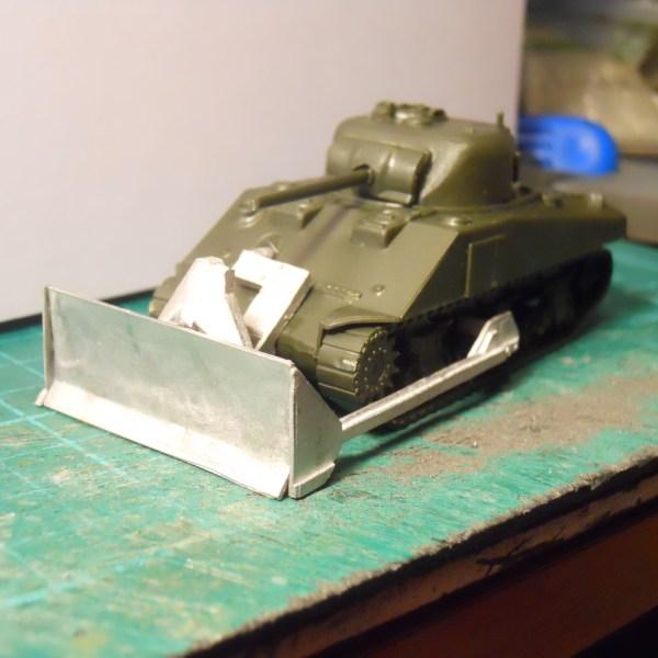 M4 Sherman dozer blade (1/72)