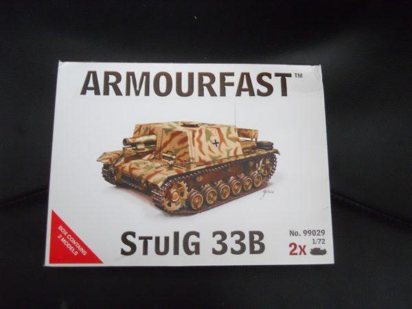 Armourfast 1/72 scale StuLG 33B s.p. gun kit