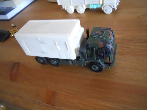 M1087 Expansible van body conversion