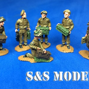 A pack of 20 WW2 logistic Tommies