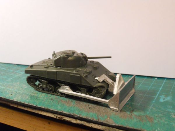 1/72 PSC M4A4 Sherman & M1 dozer blade offer