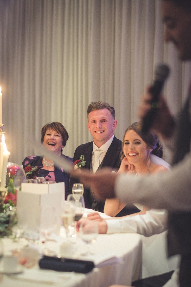 Documentary wedding photographer - reactions during best man's speech