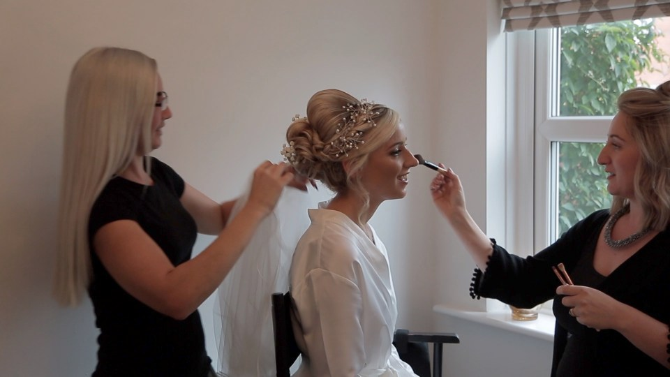 Cheshire bride getting ready