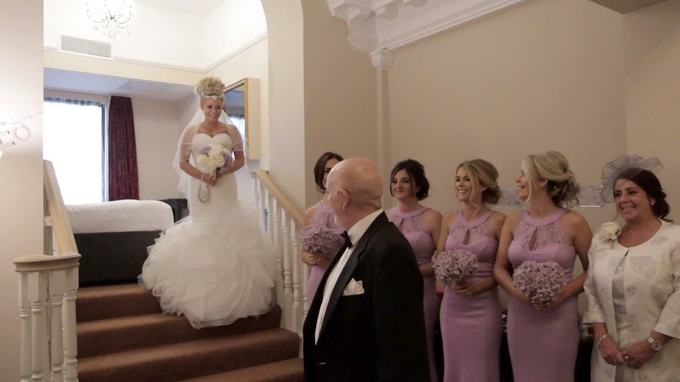 Bride and bridesmaids in apartment suite at Richmond Hotel in Liverpool