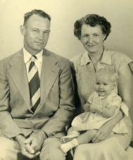 Mama Daddy & me 1952