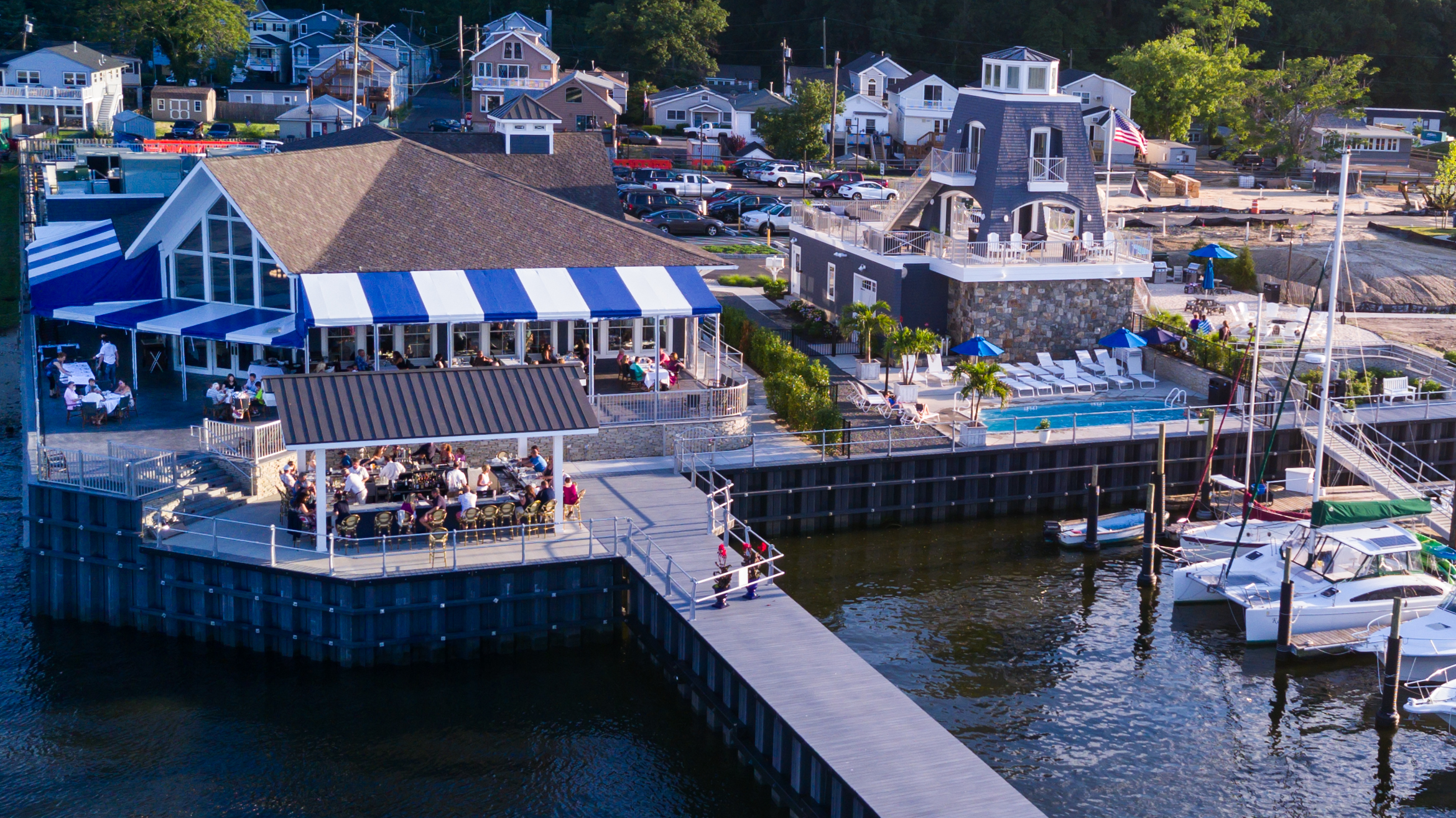 Dock & Dine at Trama's at One Willow!