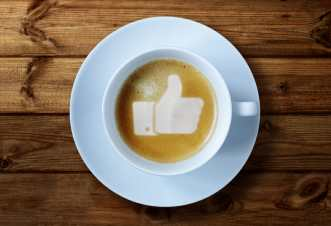 Thumbs up or like symbol in coffee froth/sanespaces.com