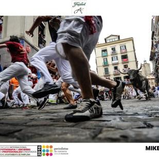 49 Mikel Cía - Mercaderes