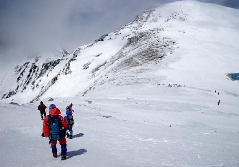 木曽駒ヶ岳(2956.3m)(中央アルプス・千畳敷より)