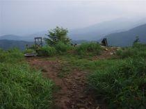 リフト終点跡が登山口