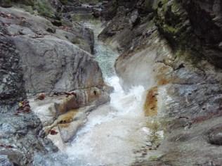 8‐樋状滝はスキミングで抜ける